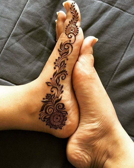 Indian Mehndi Designs for Feet-4