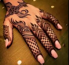 Indian Mehndi Designs for Kids-4