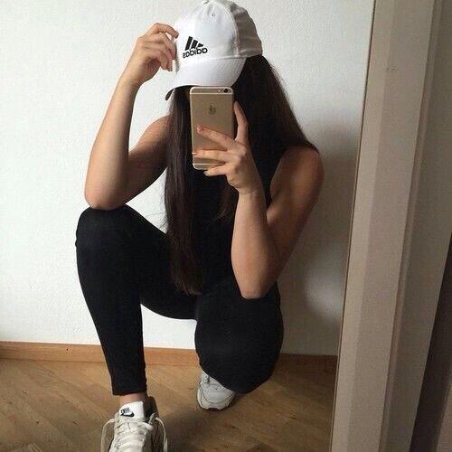 hideen-face-selfie-gym-4